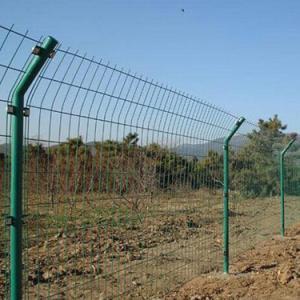 双边丝护栏网的产品优点