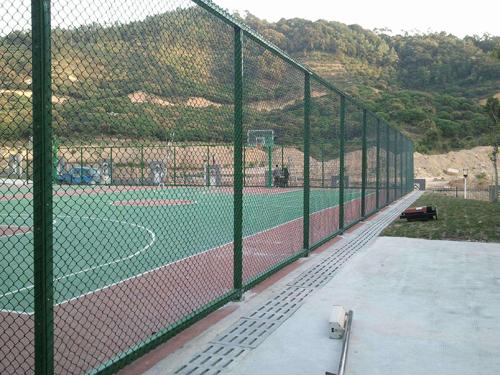篮球场隔离栅